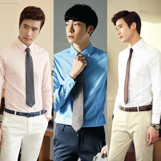 例如;蓝色衬衫搭配深蓝色领带
